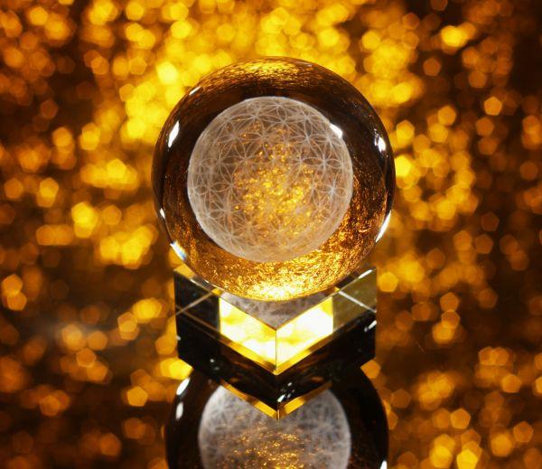 Berk Blume des Lebens - Sphärenkristall 6 x 6 cm